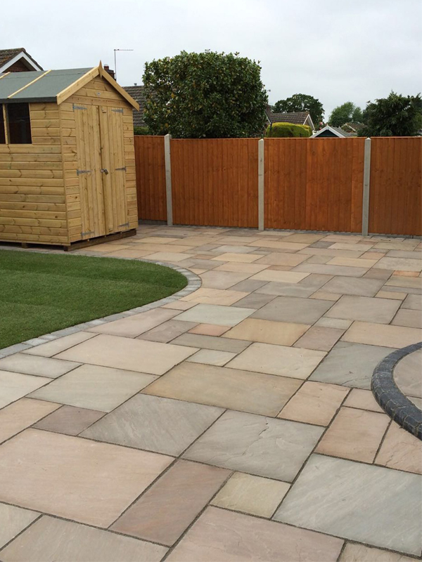 Naturally Riven Sandstone Paving