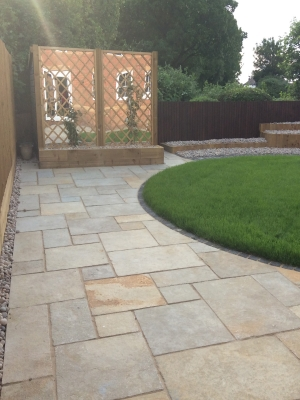 Tandur Yellow Antique Limestone Paving Slabs - Mix Size Patio Pack