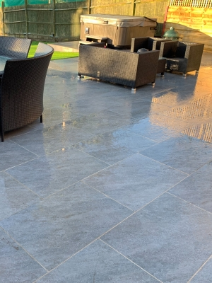 Argento Nero Virtue Vitrified Porcelain Paving Slabs - 900x600 Pack