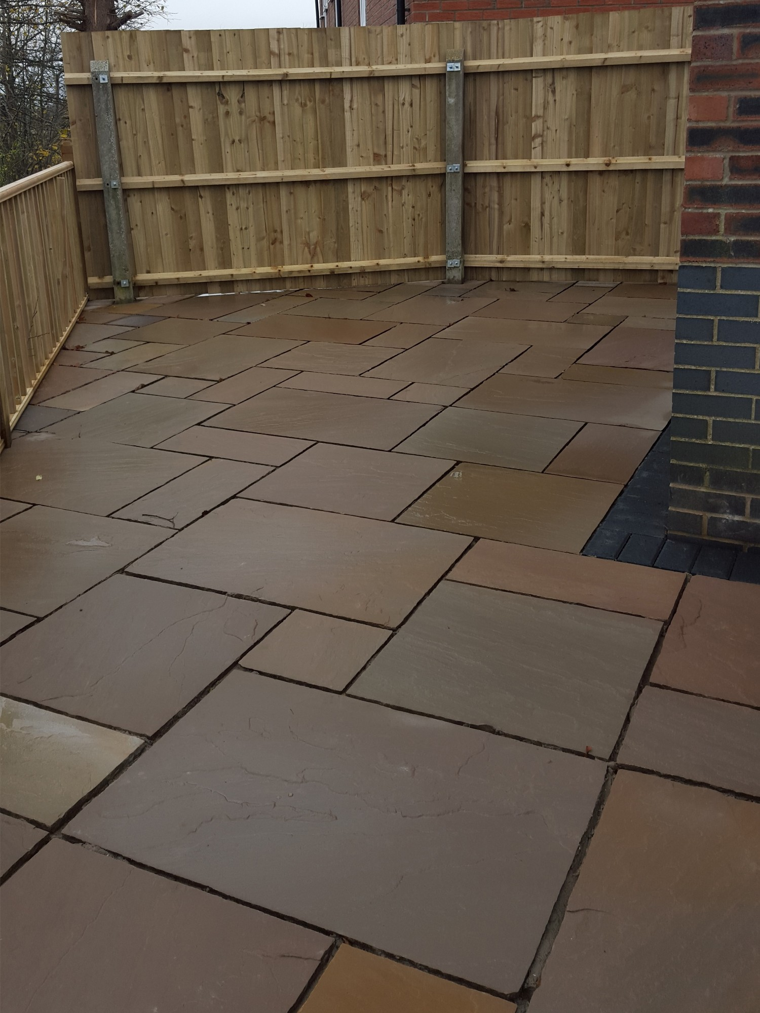 Autumn Brown Indian Sandstone Paving Slabs - Mix Size Patio Pack