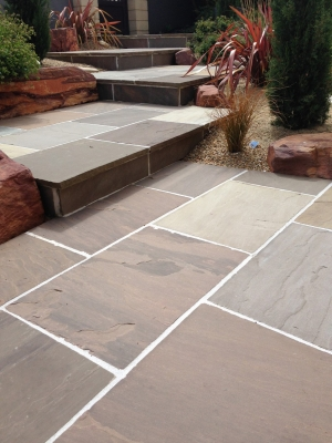 Autumn Brown Indian Sandstone Paving Slabs - 900x600 Pack