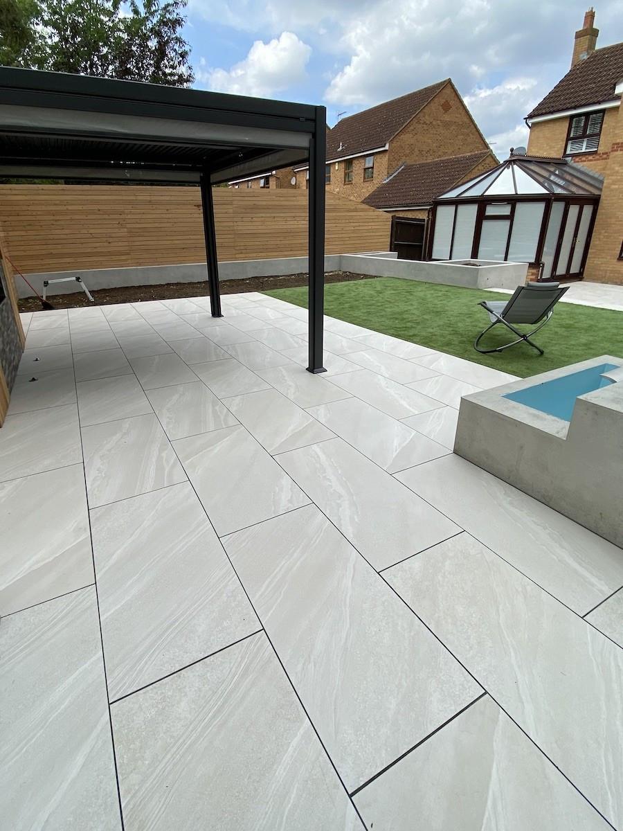 Bianco Slate Effect Outdoor Porcelain Paving Slabs - 1200x600 Pack