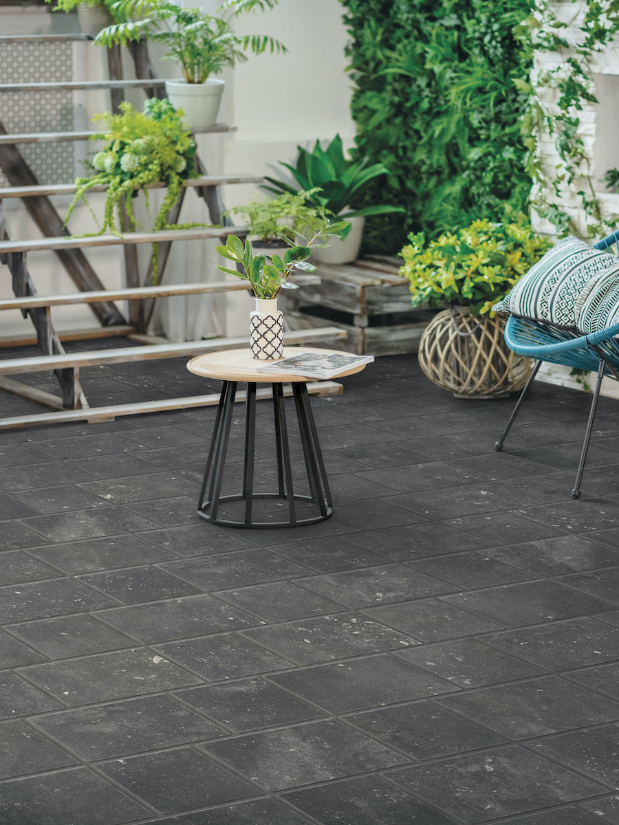 Bluestone Black Outdoor Porcelain Paving Setts - 200x200
