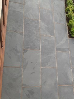 Brazil Black Slate Paving Slabs - 900x600 Pack