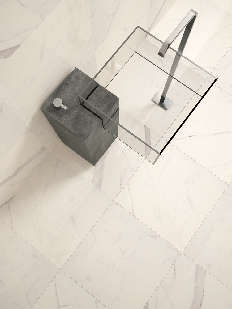 Calacatta Marble Effect Polished Wall & Floor Tile - 600x300(mm)