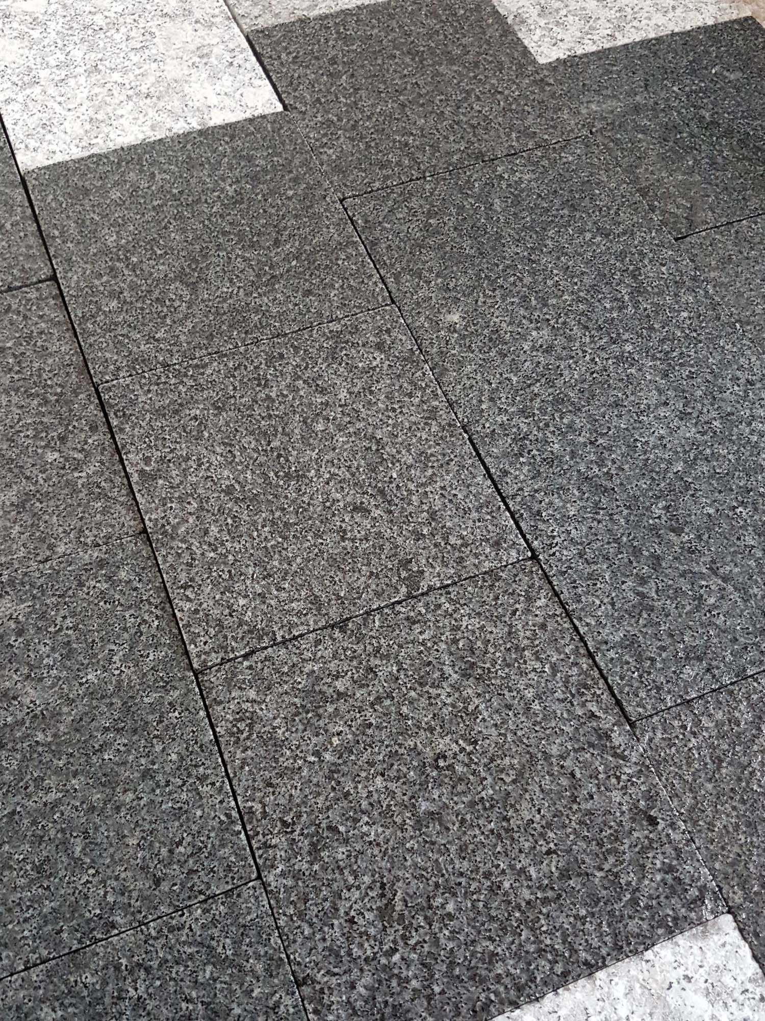 dark grey granite paving mid grey granite paving blue. Black Bedroom Furniture Sets. Home Design Ideas