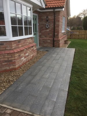 Dark Grey Granite Paving Slabs - 800x200 Pack