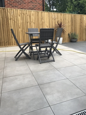 Eclipse Silver Grey Virtue Vitrified Porcelain Paving Slabs - Mix Size Patio Pack