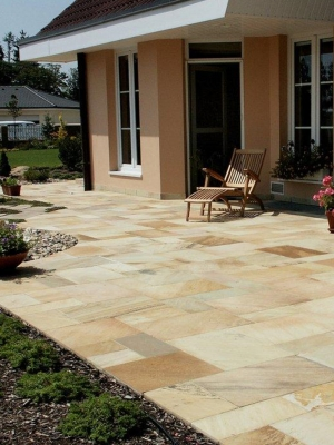 Fossil Mint Indian Sandstone Paving Slabs - Mix Size Patio Pack