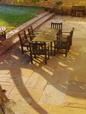 Golden Leaf Indian Sandstone Paving Slabs - Mix Size Patio Slabs