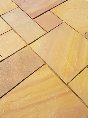 Golden Buff Indian Sandstone Paving Slabs - Mix Size Patio Pack
