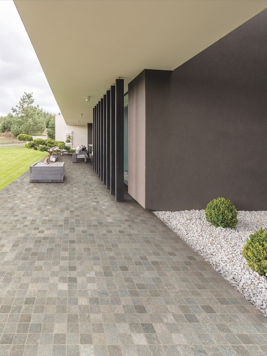 Grigio Cobble Effect Outdoor Porcelain Paving slabs - 605x605 Pack