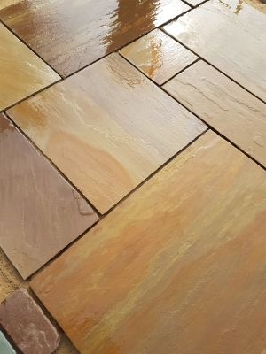 Heather Ridge Indian Sandstone Paving Slabs - Mix Size Patio Pack