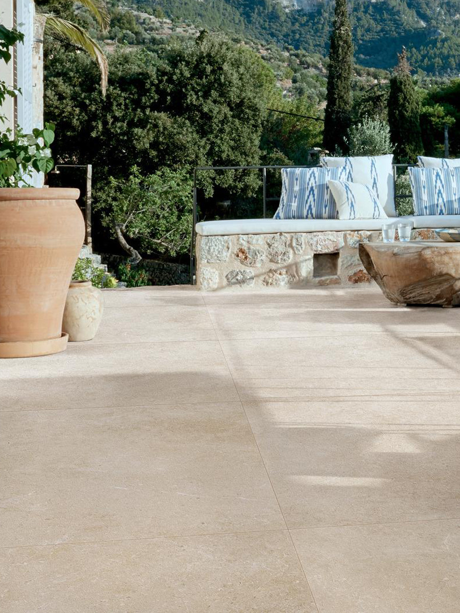 Ivory Limestone Italian Outdoor Porcelain Paving Slabs - 800x800x20mm