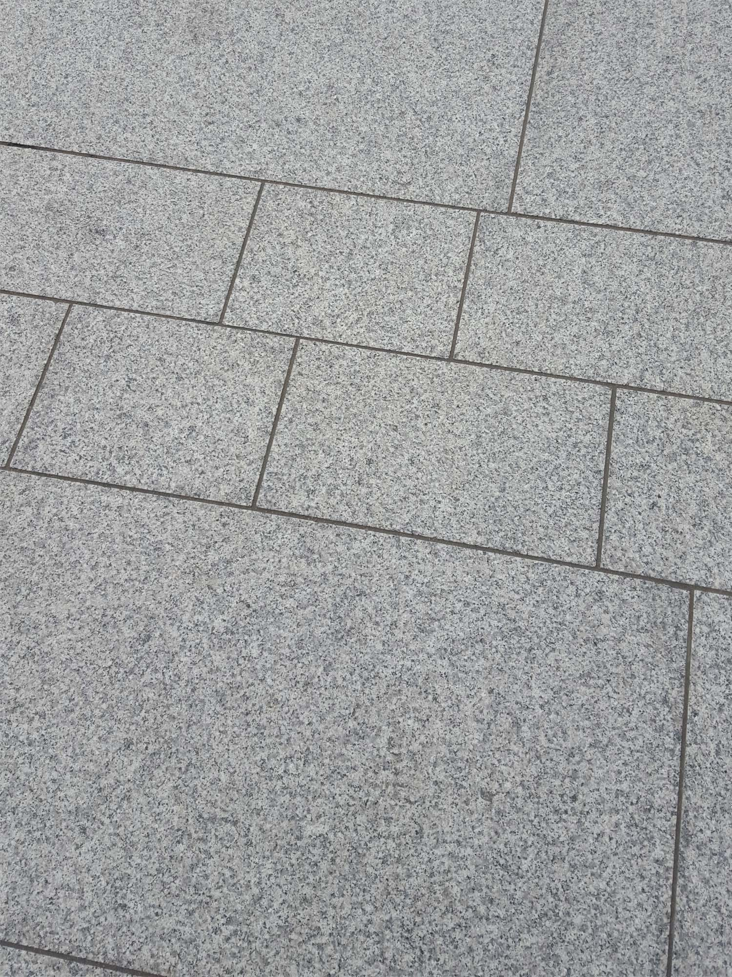 Grey Granite Slabs : Light grey granite paving silver patio slabs