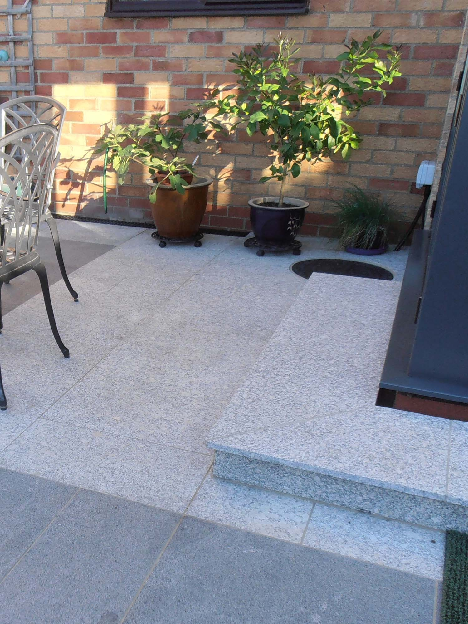 High Quality Silver Grey Granite Paving Slabs   Mix Size Patio Pack