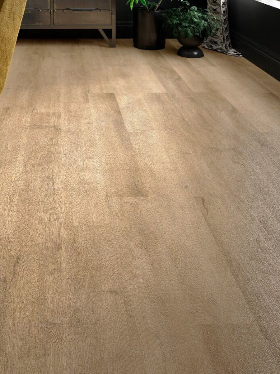 Light Oak Wood Effect Luxury Vinyl Tile (SPC) - 1219x177 (1mm attached underlay)