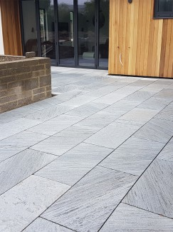 Lincoln Grey Marble Paving Slabs - Mix Size Patio Pack