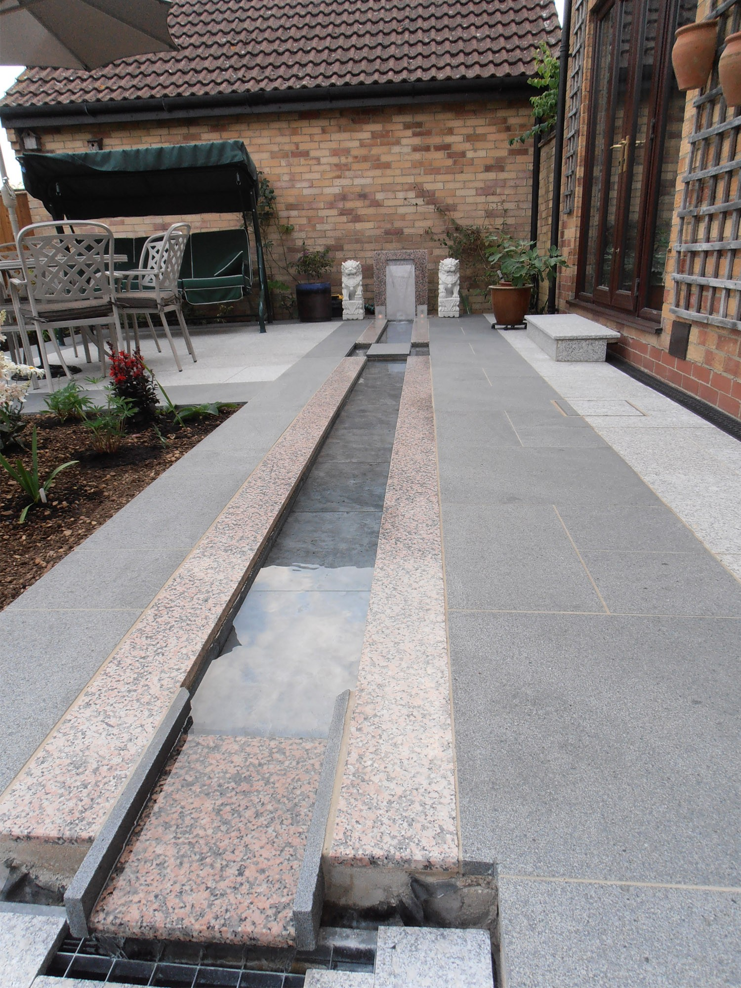 Dark Grey Granite Paving Slabs - 600x300 Pack