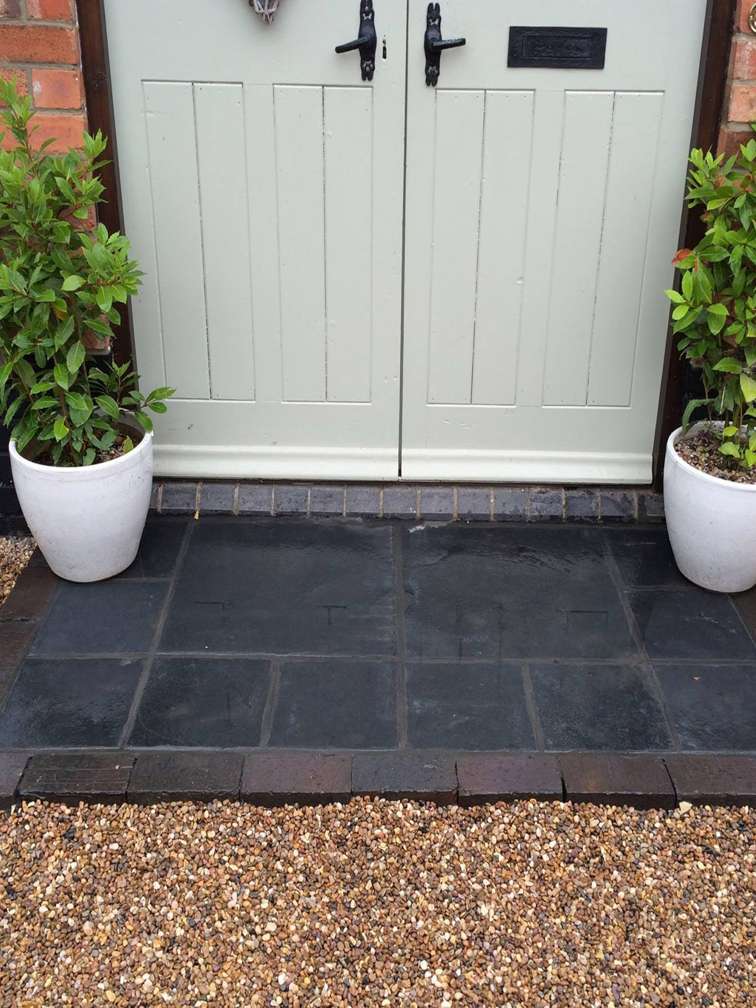 Midnight Black Limestone Paving Slabs - Mix Size Patio Pack