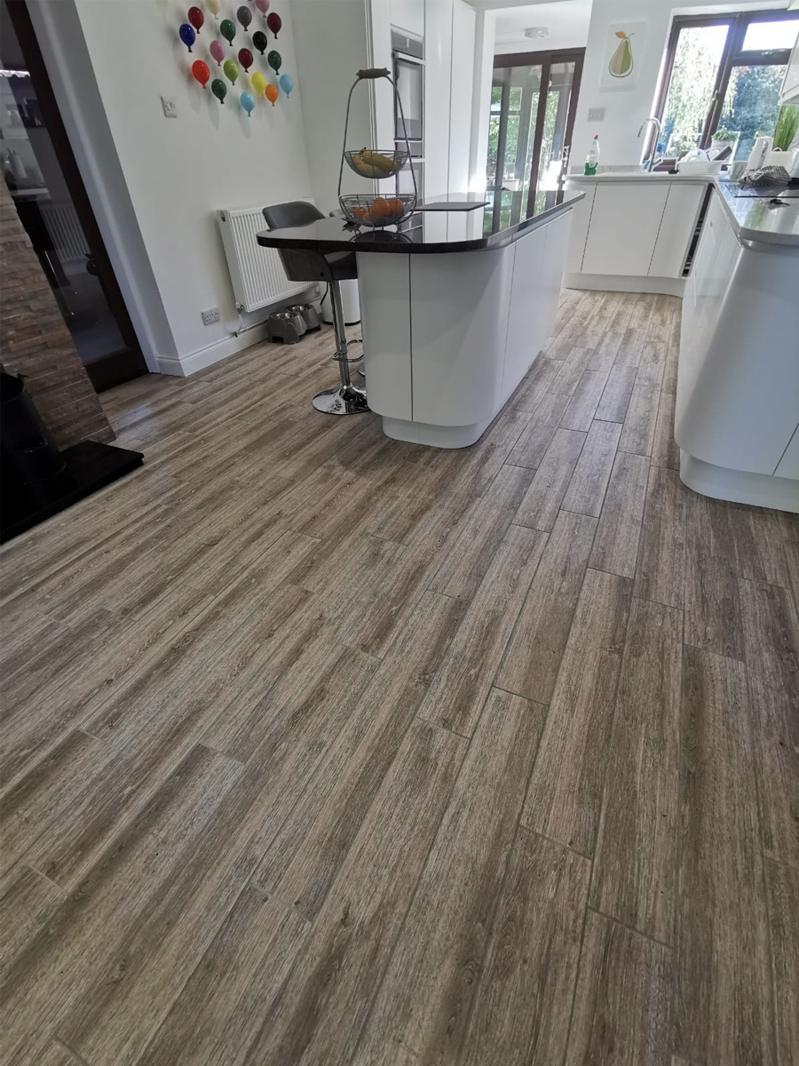 Oak Wood Effect Indoor Floor Tile - 900x150(mm)