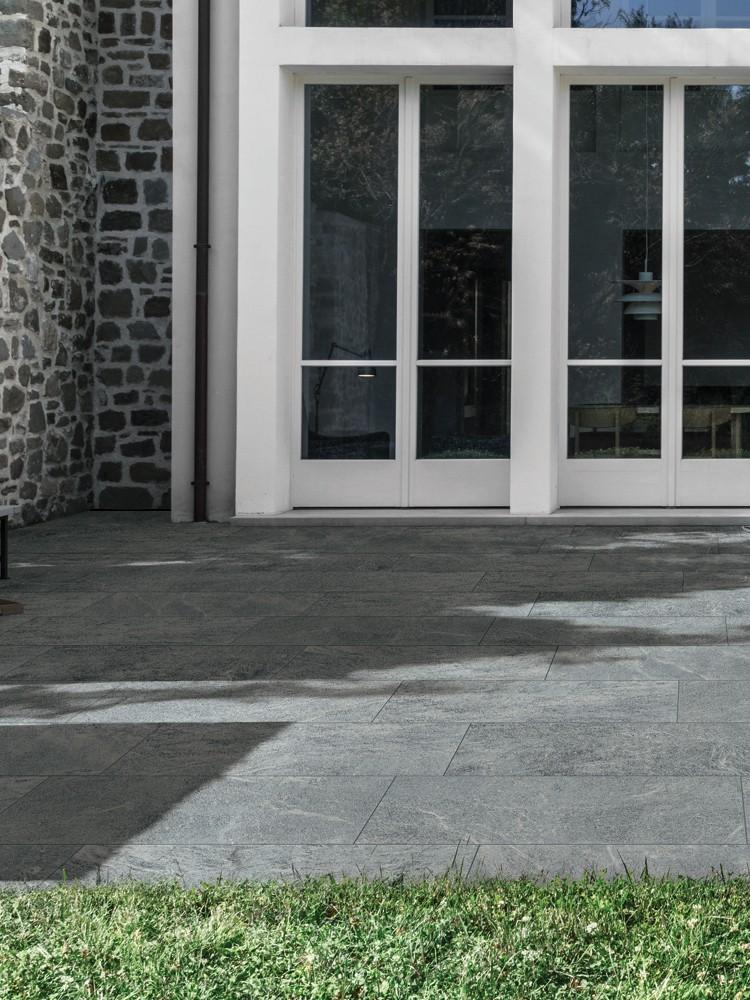Mystone Quartzite Platinum Vitrified Porcelain Paving Slabs - 1000x500 Pack