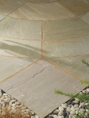 Raj Green Indian Sandstone Circle Feature - 2.7m Diameter