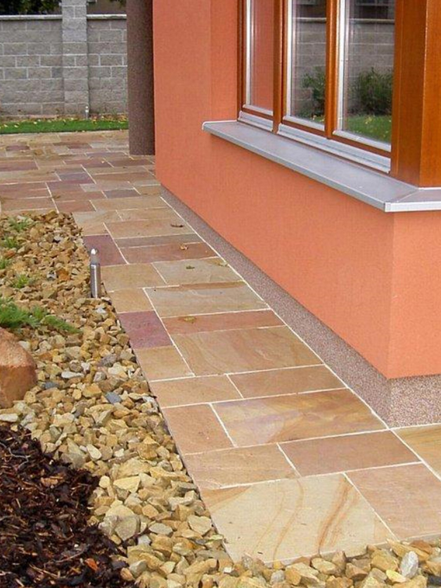 Patio Slabs. Rippon Buff Indian Sandstone Paving Slabs   Mix Size Patio  Pack S