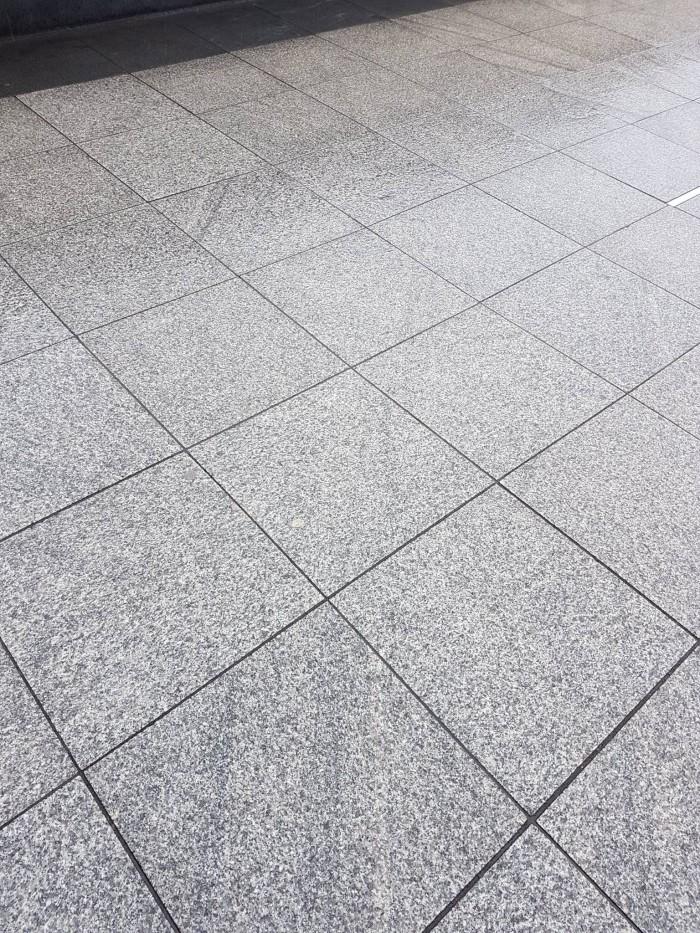 Light Grey Granite 600x600 Granite Slabs Granite Garden Paving