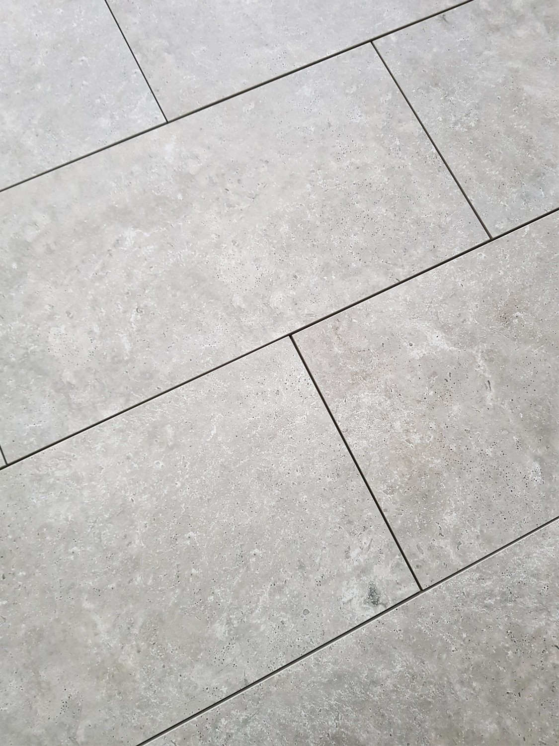 Silver Travertine Virtue Vitrified Porcelain Paving Slabs - 900x600 Pack